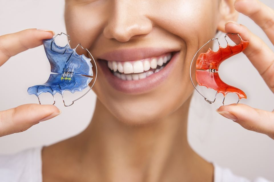 Wear Your Retainers So You Can Always Smile Confidently After Houston Braces